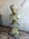 stone bust of venus - picture 2