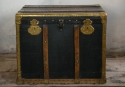 Studded Coaching Trunk mid 19thc - picture 1