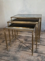 Fabulous nest of 3 French Brass & Glass tables - picture 2