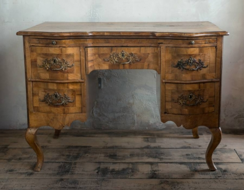 Early 19thc South German Walnut Desk