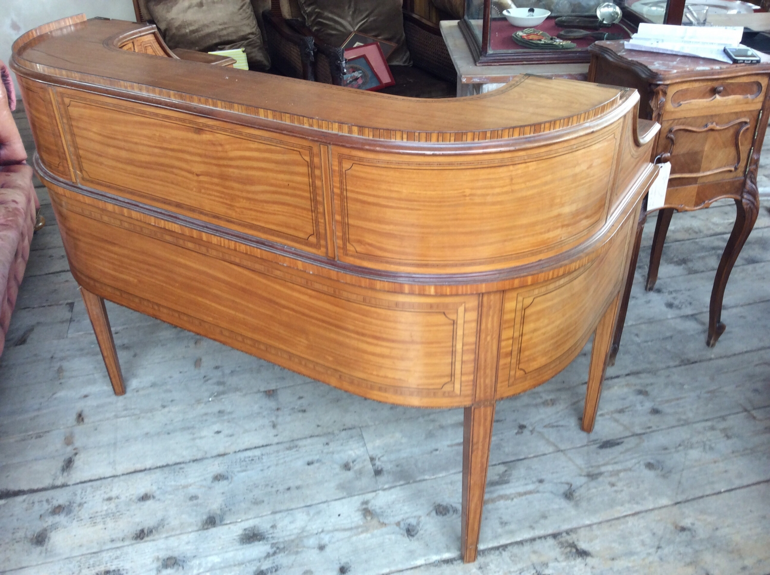 ... Satinwood Carlton House Desk   Picture 3 ...