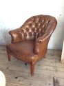 Pair of chesterfield leather chairs - picture 2