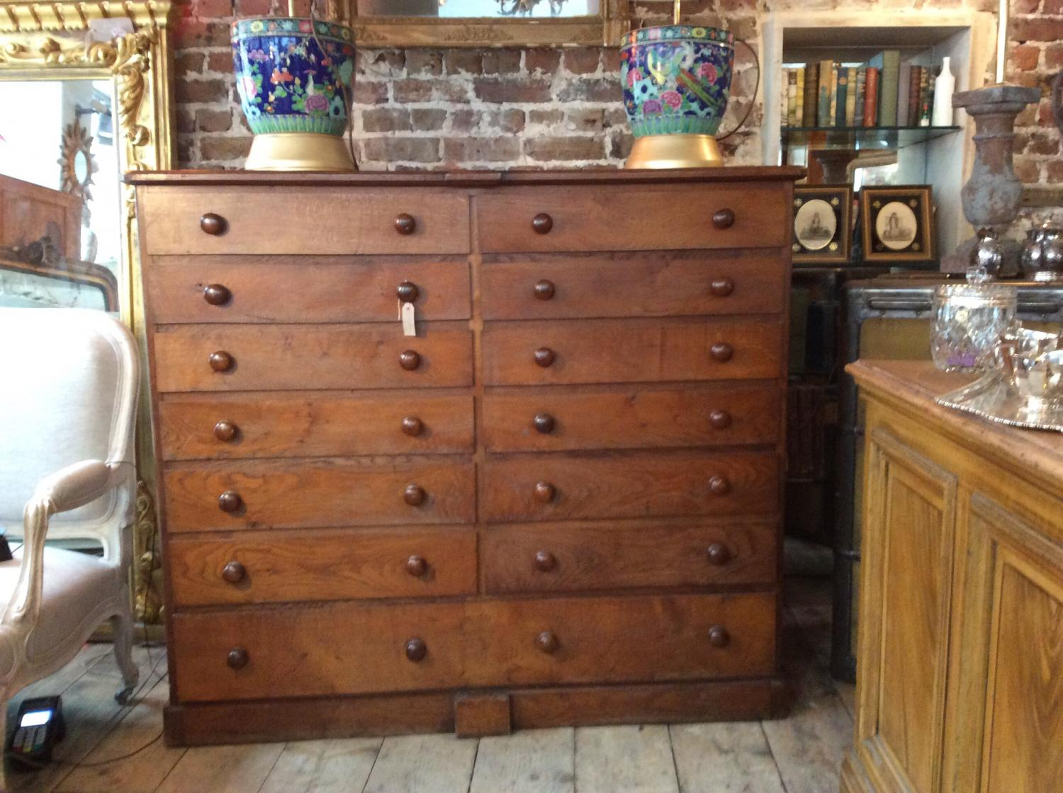 Mid Victoria Oak collectors chest