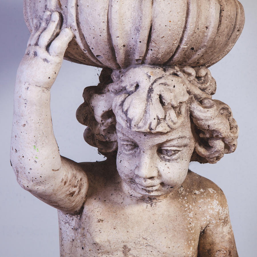 Classical Fountain Head Urn